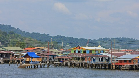 Kampong Ayer, Brunei: The Encounter That Made My Day