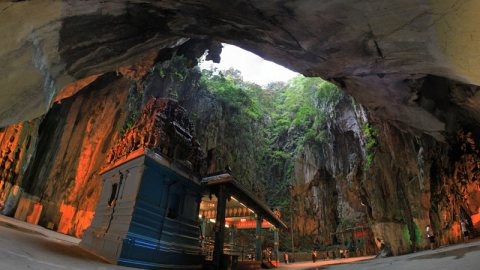 Batu Caves, Malaysia – Where Impressive Geology And Spirituality Meet