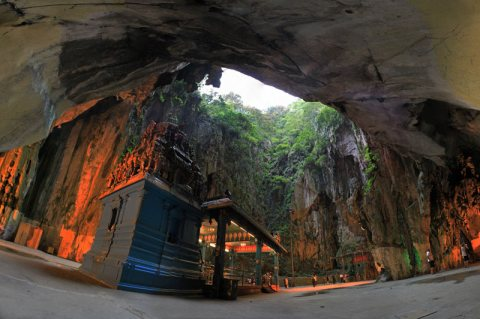 Batu Caves Malaysia – Where Impressive Geology And Spirituality Meet